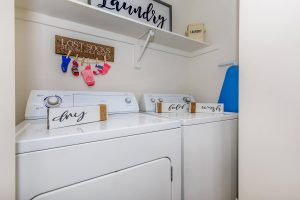 Apartment Laundry with appliances